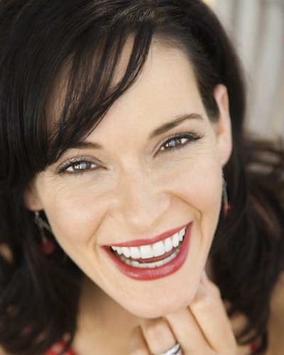 Cosmetic Dentistry Oviedo - Woman with her new lumineers